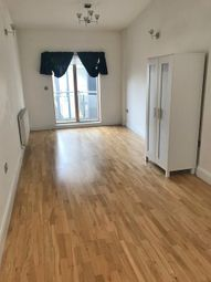 Thumbnail 2 bed flat to rent in Hackney Road, Shroeditch