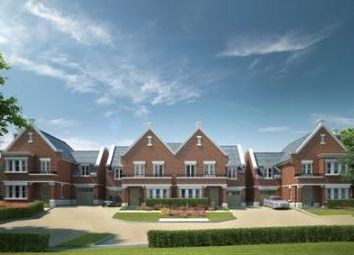 Thumbnail 4 bedroom semi-detached house for sale in Digswell Hill, Welwyn, Hertfordshire