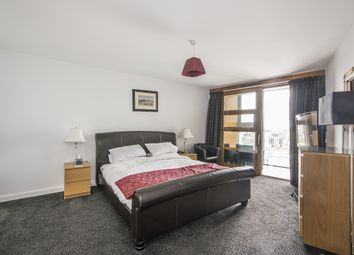 Thumbnail 4 bedroom flat to rent in Lombard Street, London