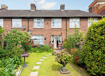 3 bed cottage for sale in Malam Gardens, London E14