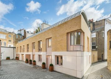 Thumbnail 4 bed mews house to rent in Walton Street, London