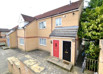 2 bed property to rent in Bective View, Northampton NN2