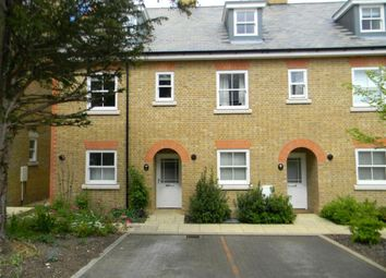 Thumbnail 3 bed town house to rent in New Manor Croft, Berkhamsted