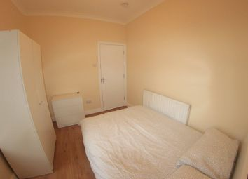Thumbnail Room to rent in Caistor Park Road, London