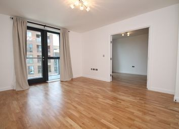 Thumbnail 3 bedroom flat to rent in Poppyfield House, Greenwich