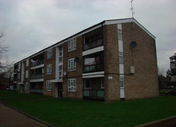 Thumbnail 2 bed flat to rent in Perth Avenue, Hayes, Middlesex