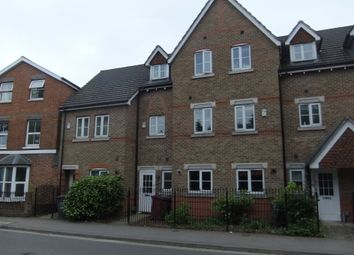 10 bed terraced house to rent in Cintra Close, Reading RG2