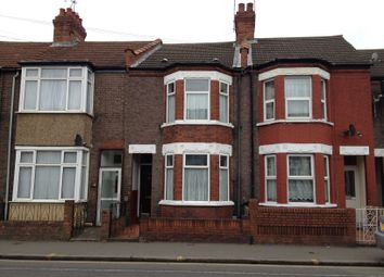 Thumbnail 3 bed terraced house to rent in Leagrave Road, Luton, Beds