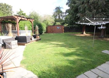 Thumbnail Terraced house for sale in Farm Close, Letchworth Garden City