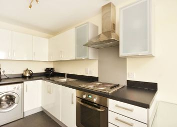 Thumbnail 1 bed flat to rent in Grosvenor Waterside, Pimlico
