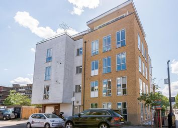 3 bed flat for sale in Gernon Road, London E3