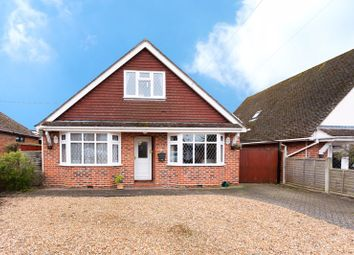 3 bed detached bungalow for sale in Chalklands, Bourne End SL8