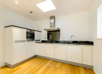 Thumbnail 1 bed flat for sale in Heathfield Road, Wandsworth