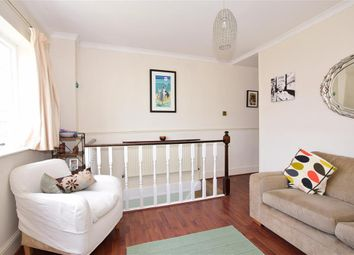 Thumbnail 2 bed town house for sale in Cavendish Road, Rochester, Kent