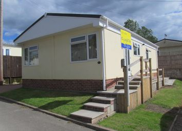 Thumbnail 2 bed mobile/park home for sale in Poplar Drive, Sunningdale Park (Ref 5934), Chesterfield, Derbyshire