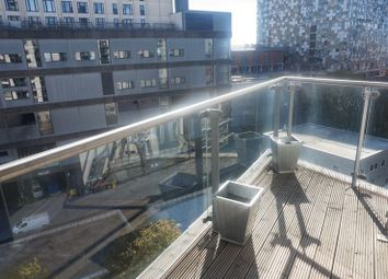 Thumbnail 1 bed flat to rent in Centenary Plaza, Holliday Street, Birmingham
