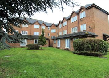 Thumbnail 2 bed flat for sale in Mariners Walk, Erith