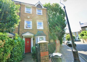Thumbnail 3 bed detached house to rent in Durand Gardens, London