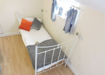 Thumbnail Room to rent in New Road, Woodston, Peterborough