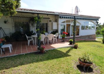 Thumbnail 4 bed villa for sale in Caleta De Velez, Axarquia, Andalusia, Spain