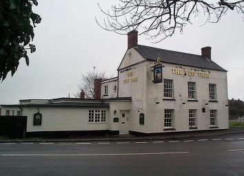 Thumbnail Pub/bar for sale in Yew Tree, Stinchcombe, Dursley GL11, Stinchcombe, Gloucestershire