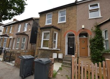 Thumbnail 1 bed flat to rent in Alexandra Road, East Croydon, Surrey