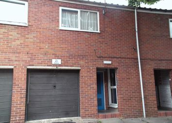 Thumbnail 2 bedroom flat to rent in Kempsey Close, Redditch