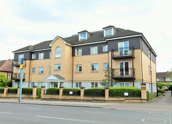 3 bed flat to rent in Kenton Road, Harrow HA3