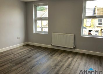 Thumbnail 3 bed flat to rent in Scales Road, London