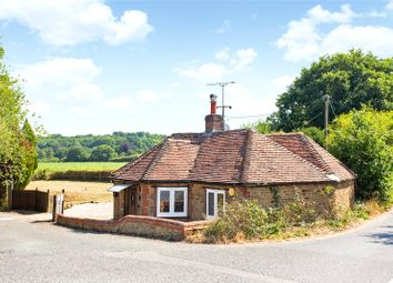 3 bed bungalow for sale in Durleighmarsh, Petersfield, Hampshire GU31