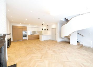 Thumbnail 3 bedroom property to rent in Weymouth Mews, London