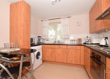Poynder Drive, Holborough Lakes, Kent ME6. 2 bed flat for sale