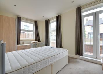 Thumbnail 2 bedroom flat to rent in Rockingham Road, Uxbridge, Middlesex