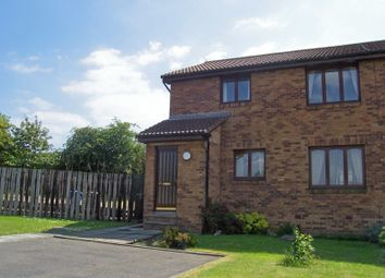 Thumbnail 2 bed flat to rent in Bevan Place, Rosyth, Dunfermline