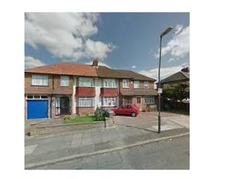 Thumbnail 1 bed flat to rent in Northolme Gardens, Edgware, London