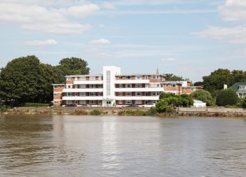 Thumbnail 2 bed flat to rent in Hartington Court, Chiswick