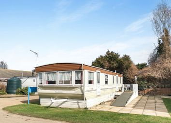 Thumbnail 2 bedroom mobile/park home for sale in Butt Lane, Burgh Castle, Great Yarmouth