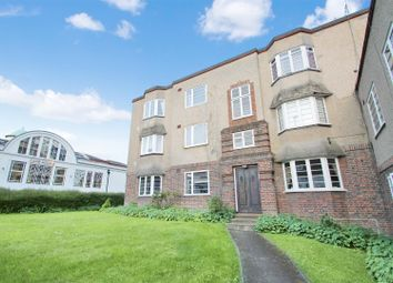 2 bed block of flats for sale in Holywell Hill, St.Albans AL1