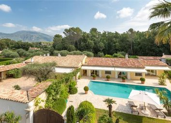 Thumbnail 6 bed country house for sale in Roquefort-Les-Pins, French Riviera, 06330