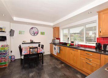 Badlesmere Close, Ashford, Kent TN23. 3 bed terraced house