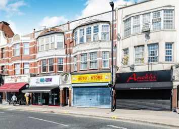 Thumbnail 1 bedroom flat for sale in Green Lanes, Winchmore Hill