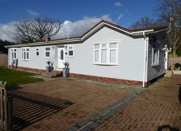 Thumbnail 4 bed mobile/park home for sale in Capel Gardens, Capel Road, Ruckinge, Ashford, Kent