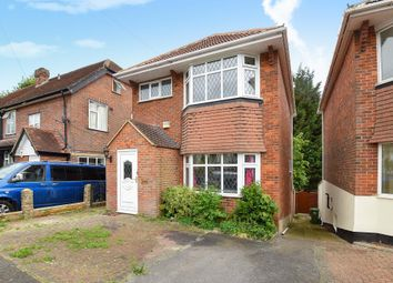 Thumbnail 5 bedroom detached house to rent in Hampden Road, High Wycombe