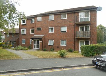 Thumbnail 2 bedroom flat to rent in Parrs Close, Sanderstead, South Croydon