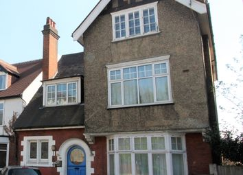 Thumbnail 3 bed flat to rent in Coombe Rd, Croydon