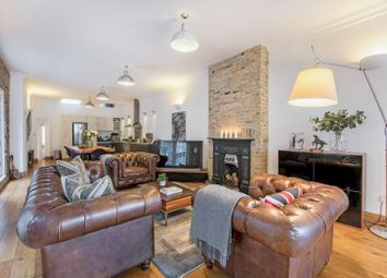 Thumbnail 3 bedroom flat for sale in Clapham Manor Street, London