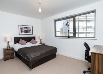 Thumbnail Room to rent in Glengarnock Avenue, London