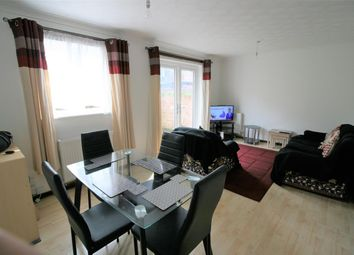 Thumbnail Room to rent in Langley Walk, Norwich