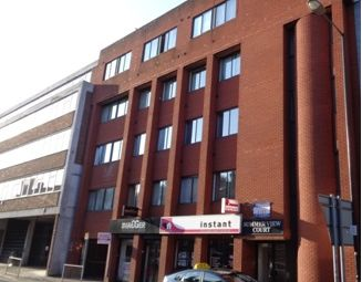 Thumbnail 1 bed flat to rent in Mill Street, Luton, Bedfordshire