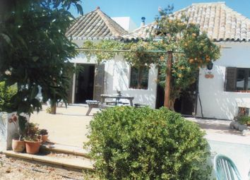 Thumbnail Farmhouse for sale in Walking Distance To The Centre, Cabanas, Tavira, East Algarve, Portugal
